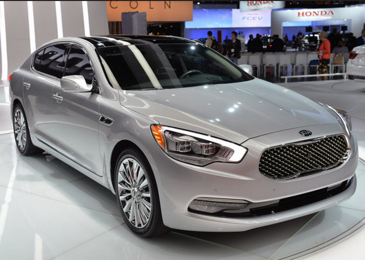 Kia K900 Luxury car