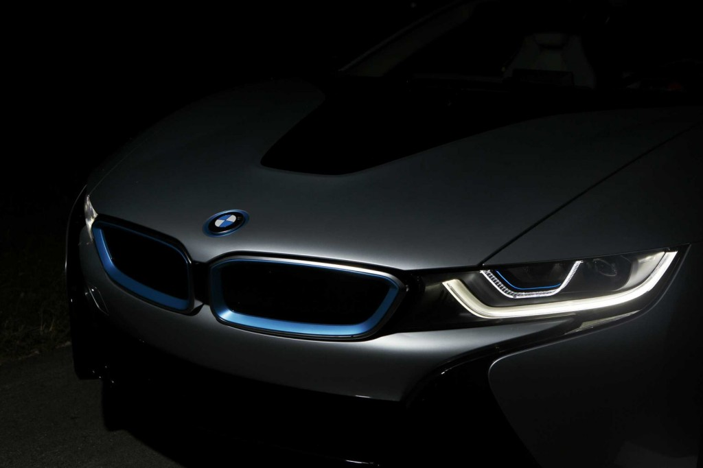 BMW-i8-laser-headlights