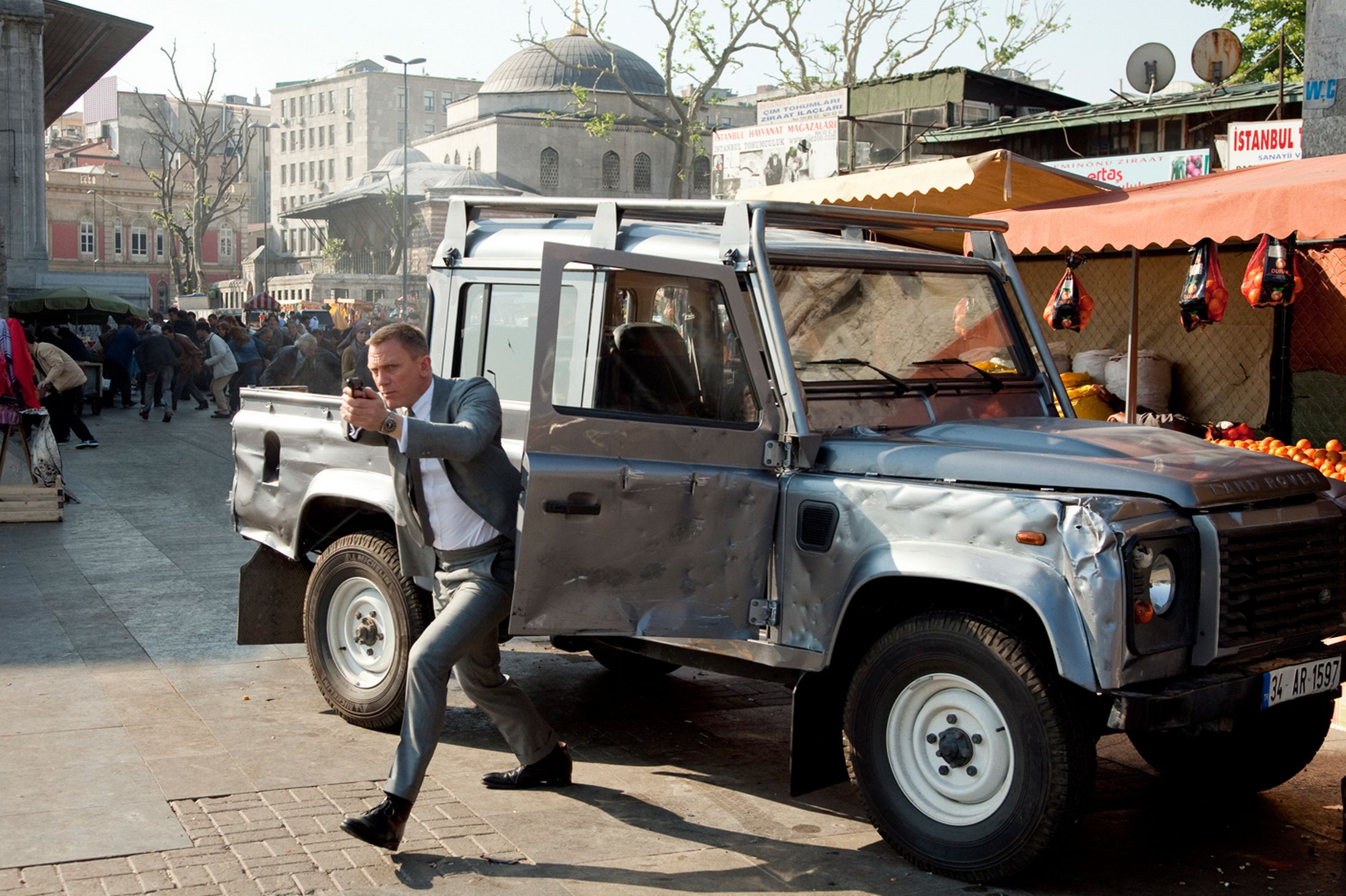 Land Rover Defender Skyfall