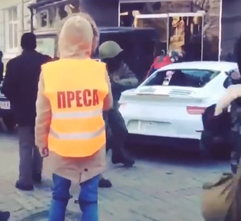 Ukranian Protesters Brutally Destroy Innocent Porsche 911! (VIDEO)