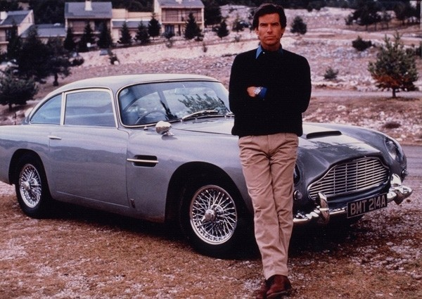 aston-martin-db5-goldeneye