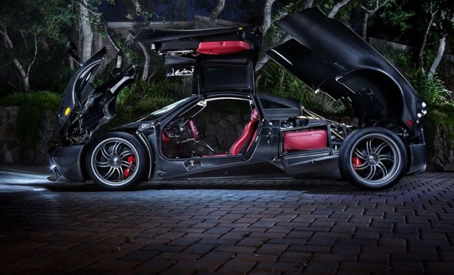Cruising Streets of Miami In $2 Million Pagani Huayra