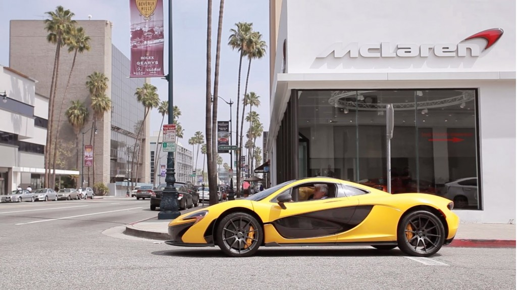 jay-lenos-mclaren-p1-being-delivered