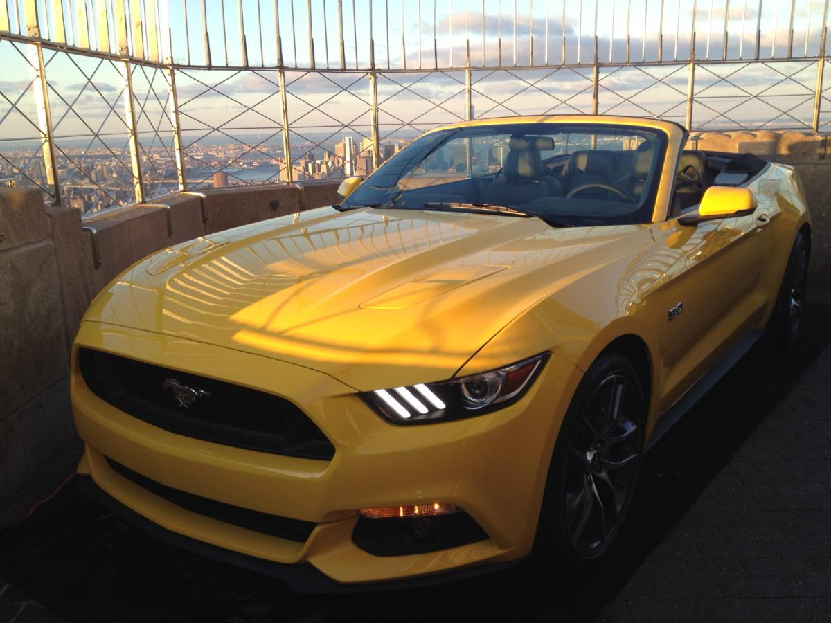 ford-mustang-empire-state-building